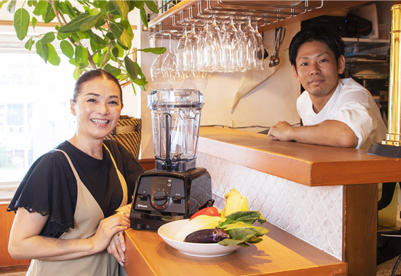 渡辺さんは東京・表参道のイタリアンレストラン「La CHIARA」(ラ キアーラ)のオーナーも務めます。