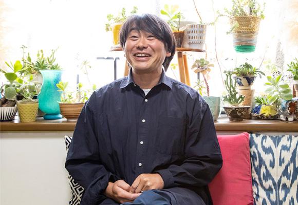 有名セレクトショップのバイヤーとして活躍し、自社発のプライベートブランドの責任者も務める加藤さん。