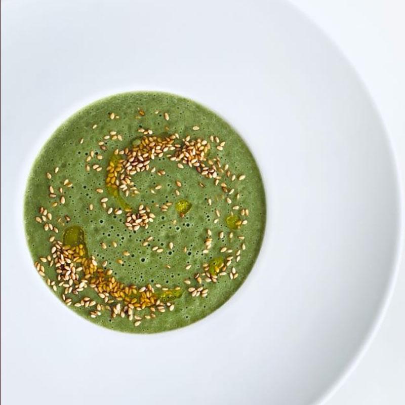 ほうれん草とネギのグリーンスープ