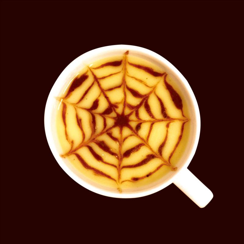 クモの巣のスイートポテトスープ