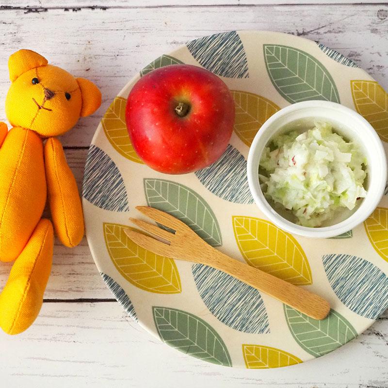 りんごのコールスローサラダ
