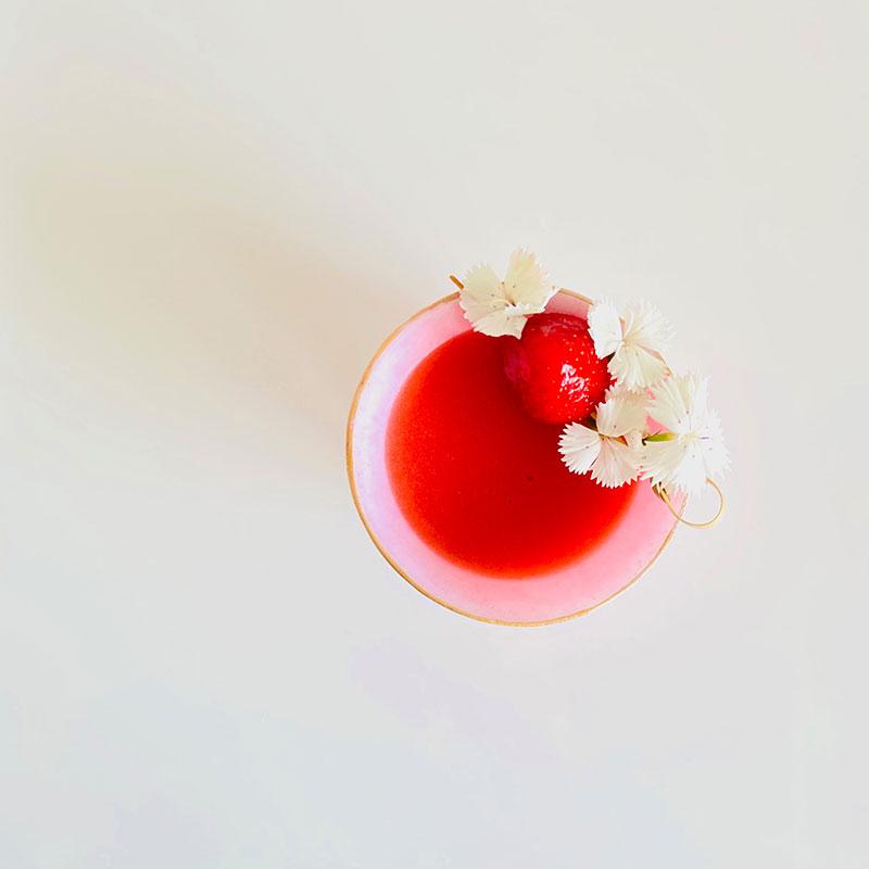 ストロベリー甘酒カクテル