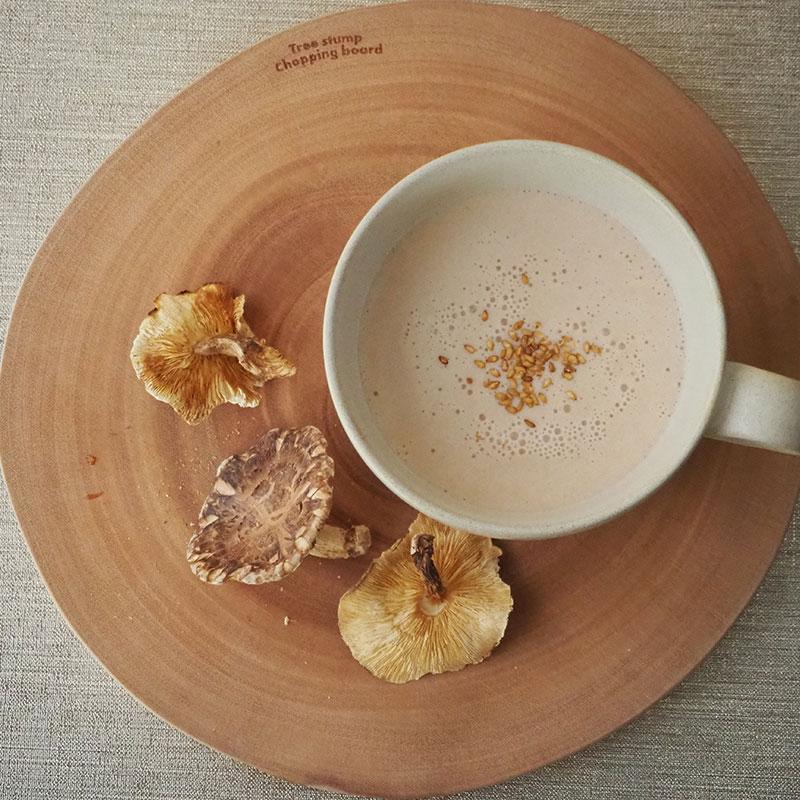 干し椎茸と鮭のポタージュスープ