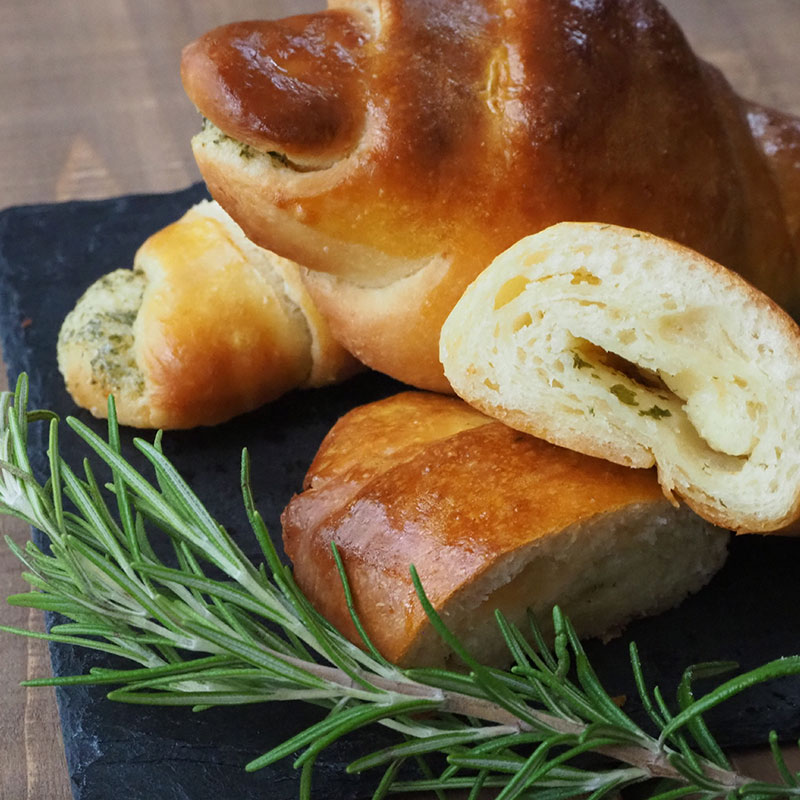 ガーリックロールパン
