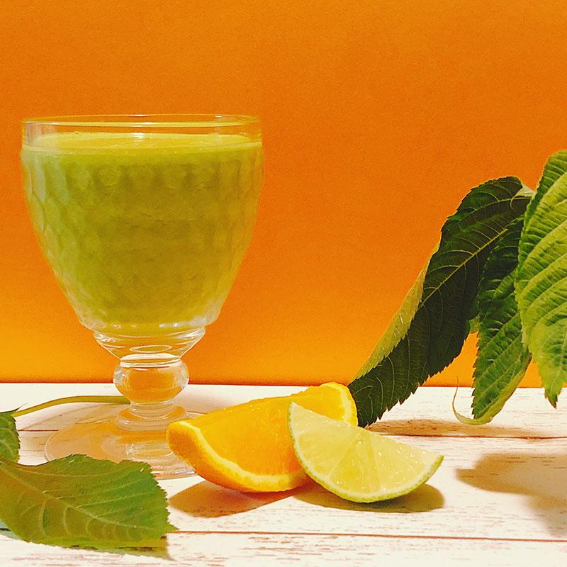 モロヘイヤと柑橘のスムージー