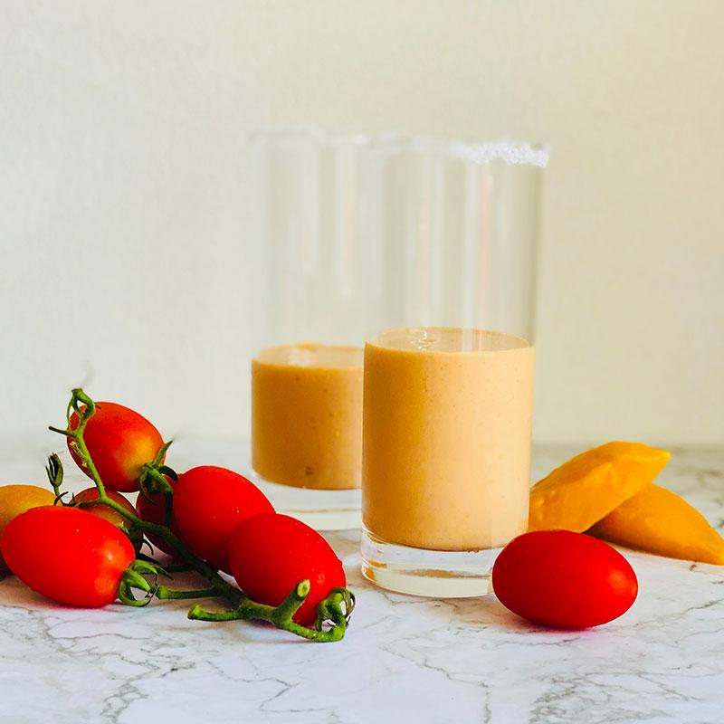 マンゴーとトマトのスムージー